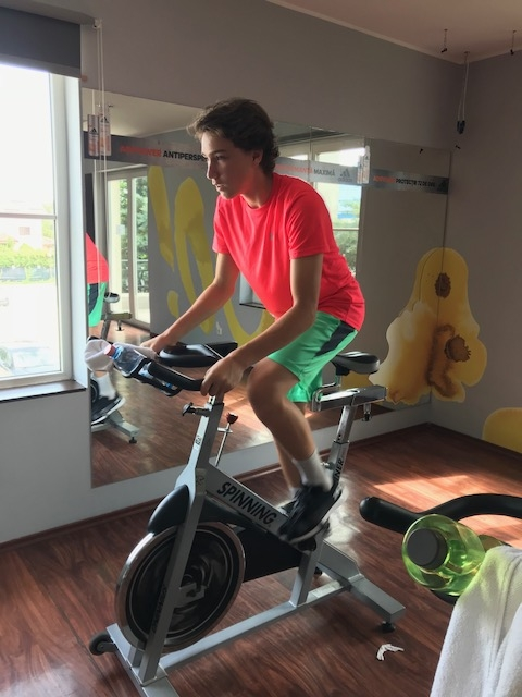 Concentrarea: o calitate esentiala pentru tinerii sportivi