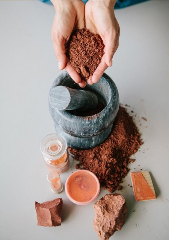 Seria: Argila care te vindeca (Ce argila se potriveste tipului tau de ten?)