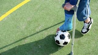 Ai un copil sportiv de performanta? Nu-l pune in gips! Despre durerile de crestere la tinerii atleti ...