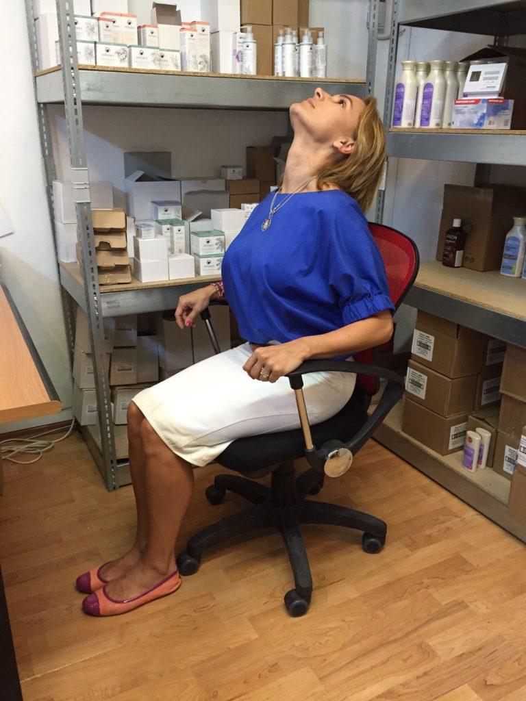 pozitii yoga la birou 2