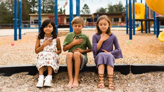 7 Exercitii usoare si amuzante de respiratie profunda pentru acasa sau la scoala